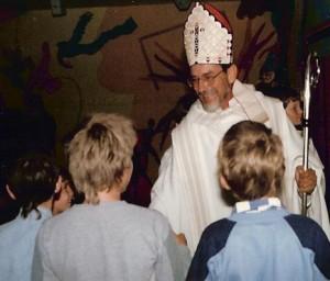 Nouvellement évêque de Moundou, Mgr Gabriel Balet (1985)